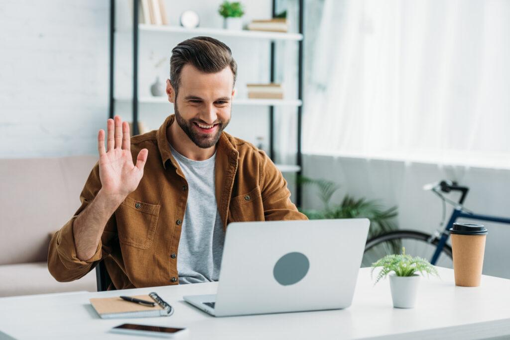 Знакомство онлайн с мужчиной