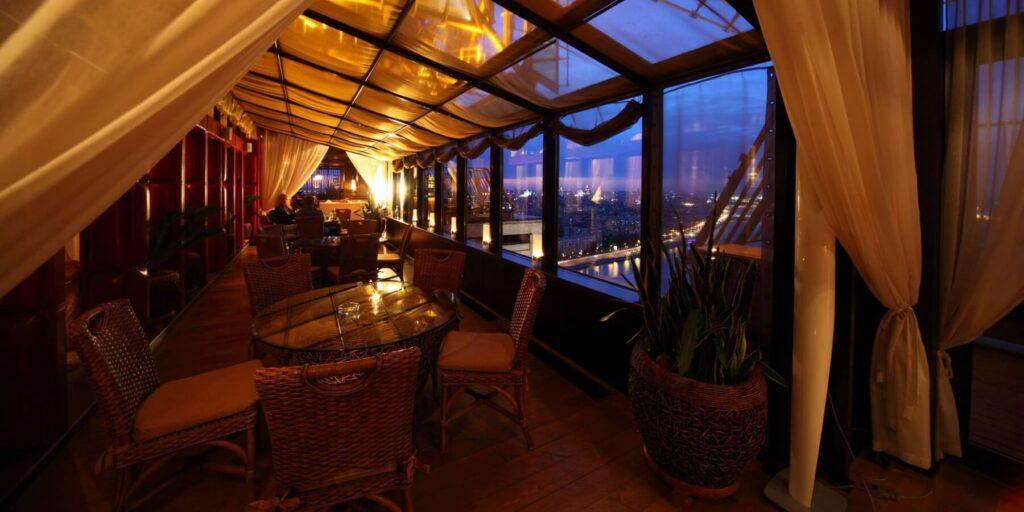 Знакомства в Москве панорамные рестораны