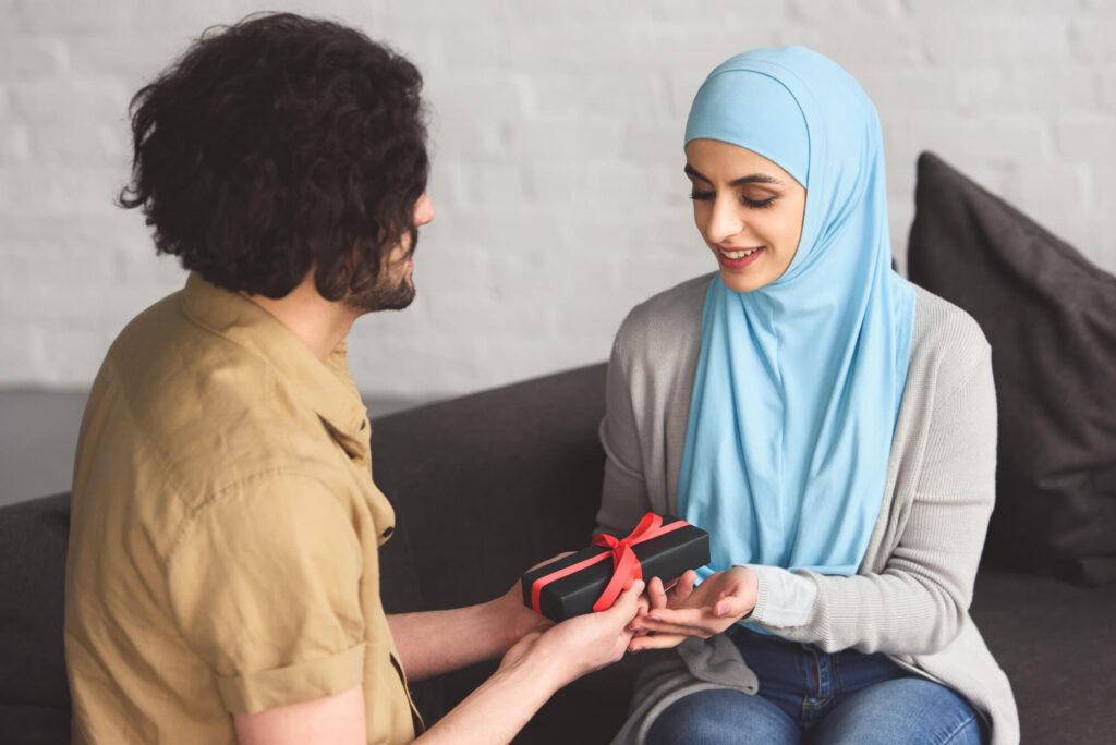 Мусульманская пара на свидании