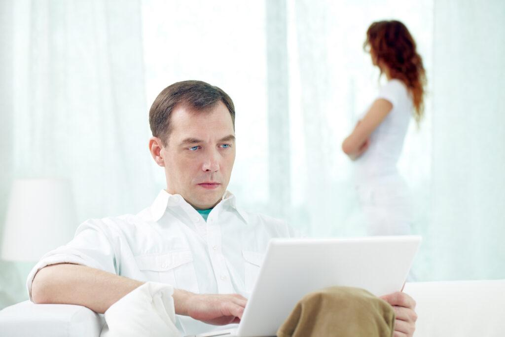 Напряженные отношения между мужчиной и женщиной